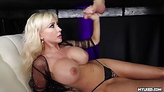Jizz Superior to before Her Boobs - Big Boob Milf Milked His Load of shit