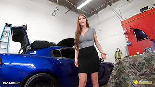 Roadside - Big Tits MILF Gets Fucked By Her Wheels Mechanic