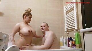 Spicey Sharron Take A Bath He Lick Her Sweet Vagina Play Big Juggs